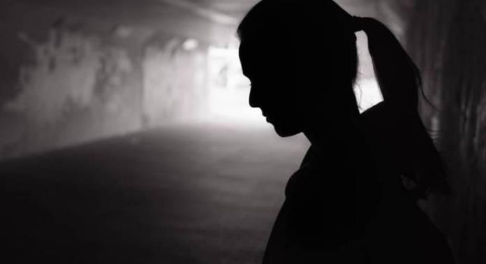 Απόπειρα αυτοκτονίας - Κόρη