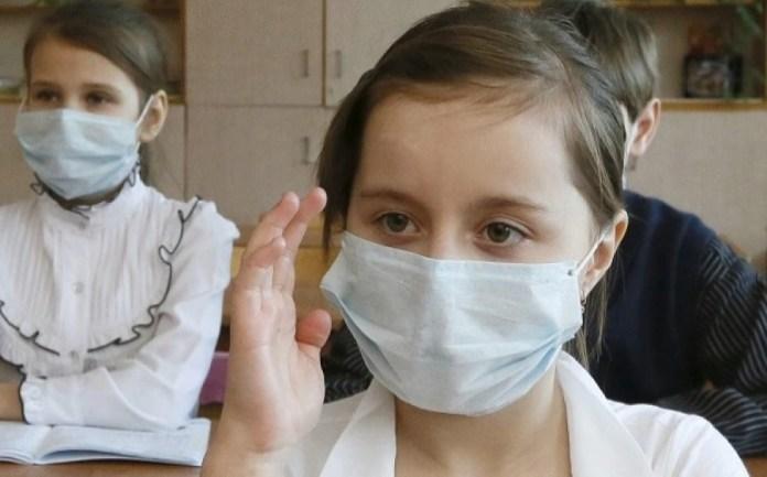 Γρίπη: Πώς την ξεχωρίζουμε από το κρυολόγημα και πώς την αντιμετωπίζουμε
