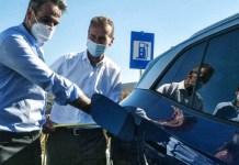 ΕΠΙΚΟ ΦΙΑΣΚΟ Μητσοτάκη: Μας πουλούσε ηλεκτροκίνηση και VW αυτοκίνητα, αλλά η Ελλάδα σήμερα δεν έχει ρεύμα να φορτίσουμε ούτεκινητό