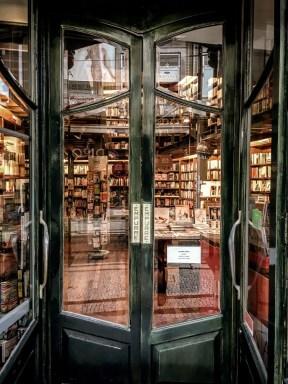 Inside of LeYa na Latina bookshop