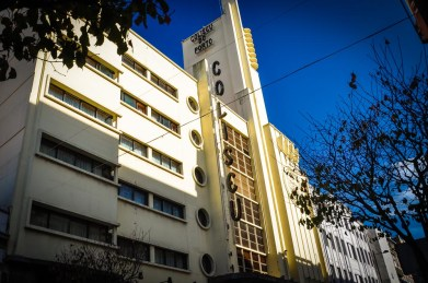 The Art Deco building Coliseu do Porto is worth a glance as well