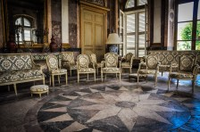 The pieces of furniture by Parisian cabinetmaker Pluvinet from 1779, are still used in the marble room