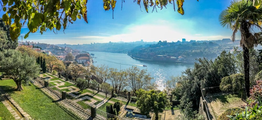Another favourite spot for a morning walk and beautiful views of Porto is Jardins do Palácio de Cristal