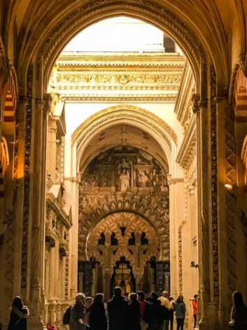 This is truly a building of contrasts. Here, the light cathedral meets the intimate Mezquita