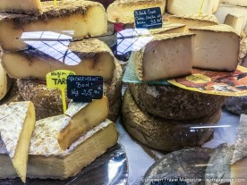 Cow, goat or sheep, fresh, mature or downright mouldy – they got it all in Albi