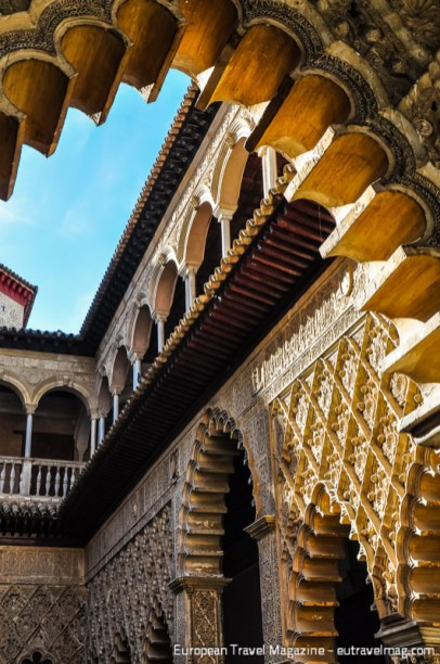 Mudéjar artisans certainly did their best at Patio de las Doncellas