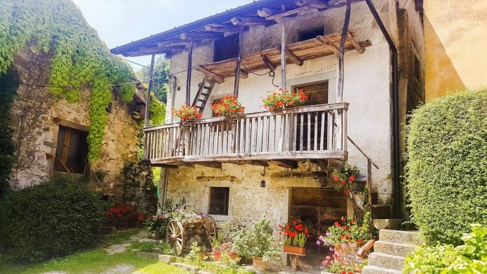 VillageHouse3