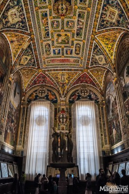 It was cardinal Francesco Todeschini Piccolomini, archbishop of Siena and the later Pope Pius III who commissioned this library in 1492