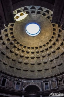 The most impressive feature of the Pantheon is its dome-shaped concrete roof, weighing a whopping 4.535 tons. It still holds the record for the world's largest unreinforced concrete dome.