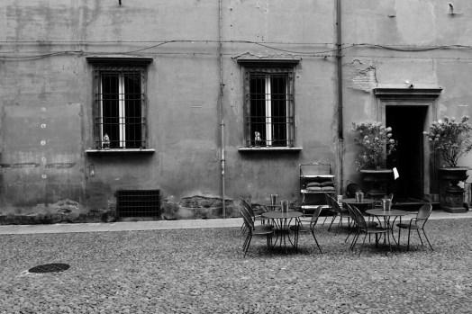 Coffee tables complete the Italian scene