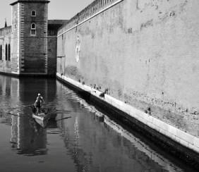Paddlers around San Pietro di Castello