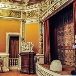 Theatre room in Louis XIV style