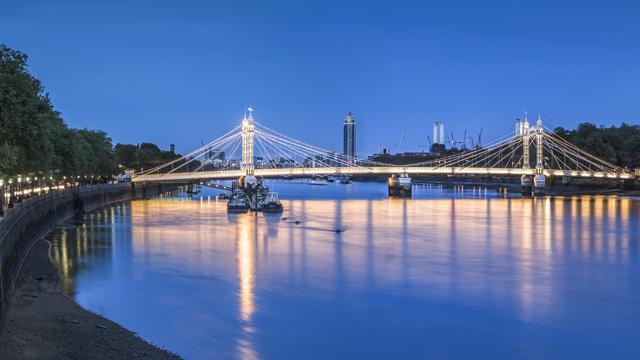 london_albert-bridge