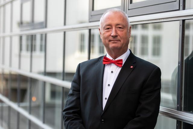 Best real estate agent in Süßen for off market real estate Helmut Dick