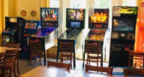 Arcade Games in Pizzeria