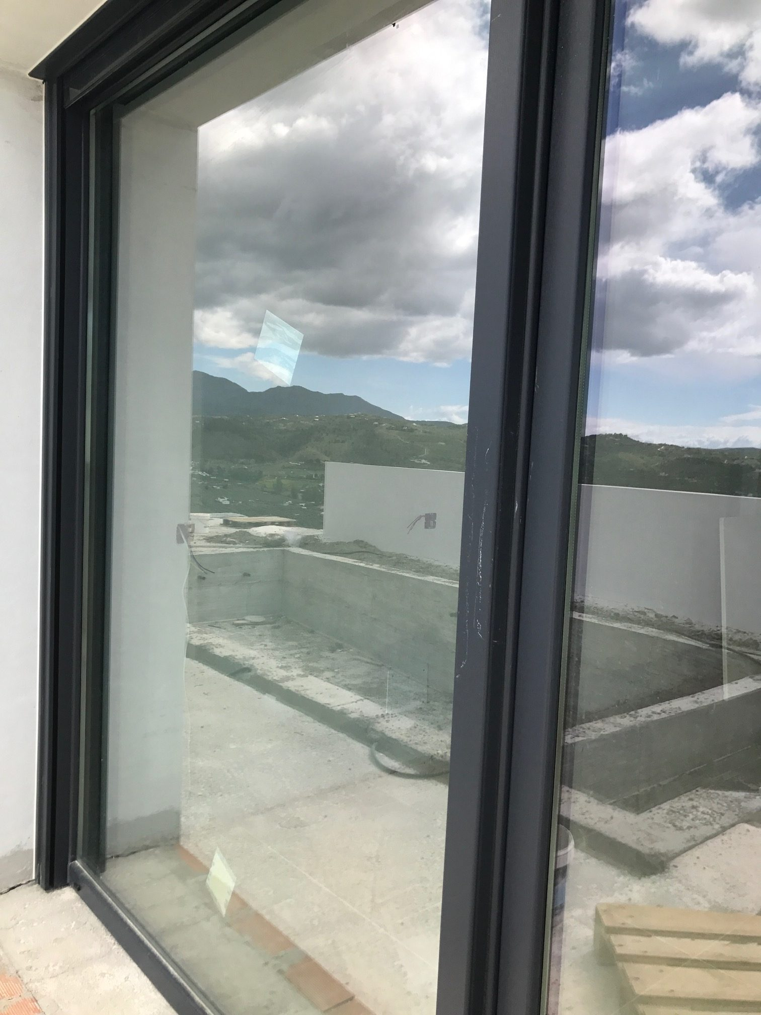 Instalación De Puerta Deslizante Horizontal Elevadora Ventanas De Pvc