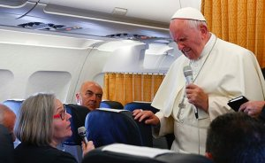 Endtime!!! Pope says Christians should apologize to gay people