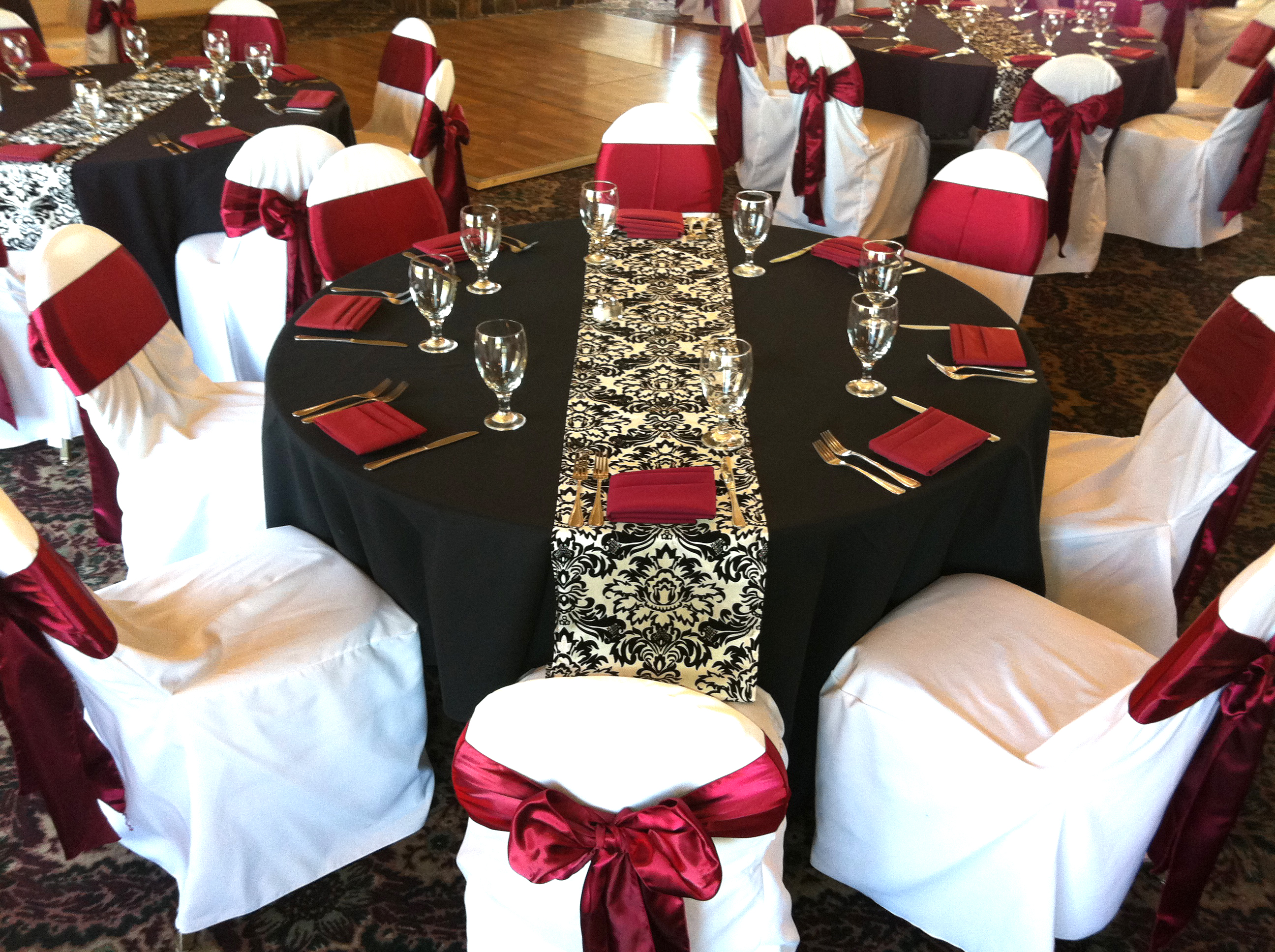 burgundy chair covers wedding rebar spacing weddings at eagle hills golf course