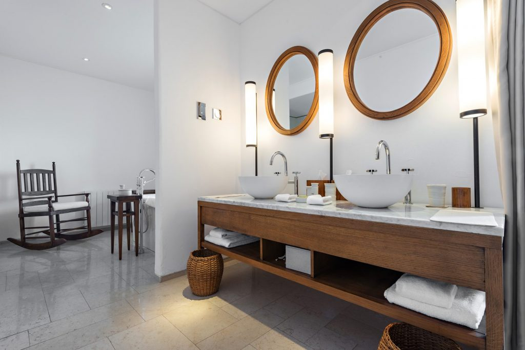 4 types of bathroom lighting