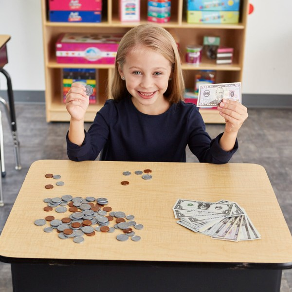 Eai Classroom Money Kit - Common Core State Standards
