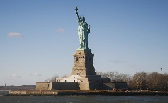 New-York-Statue-of-Liberty-USA-America