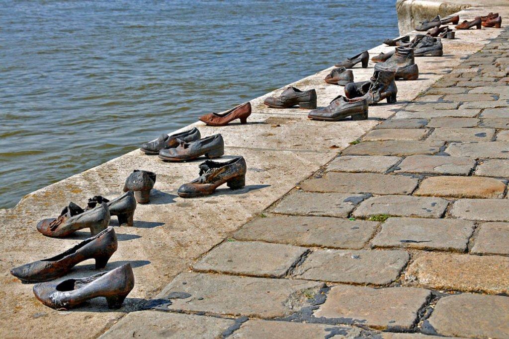 Passeggiate delle scarpe-Budapest-Ungheria-Pest-Hungary-Europa