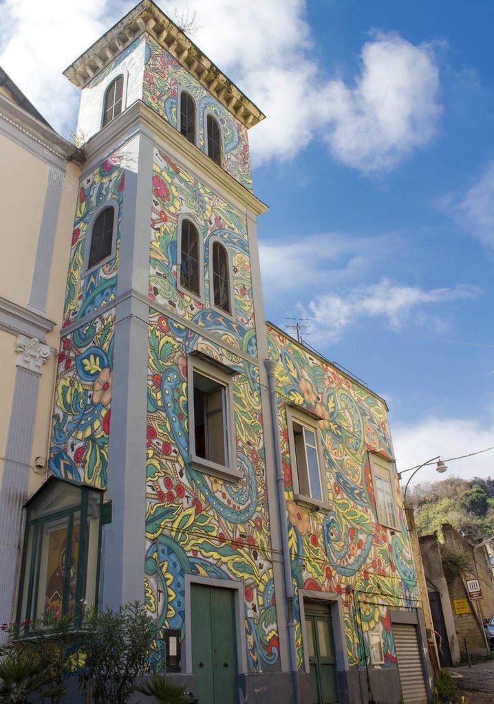 street art Napoli-chiesa rione sanità-Catacombe di Napoli-Napoli-Campania-Italia