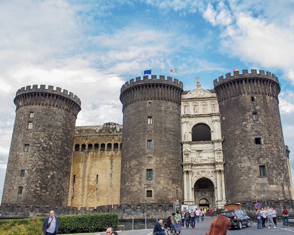 maschio angioino-Napoli-Campania-Italia-Europa