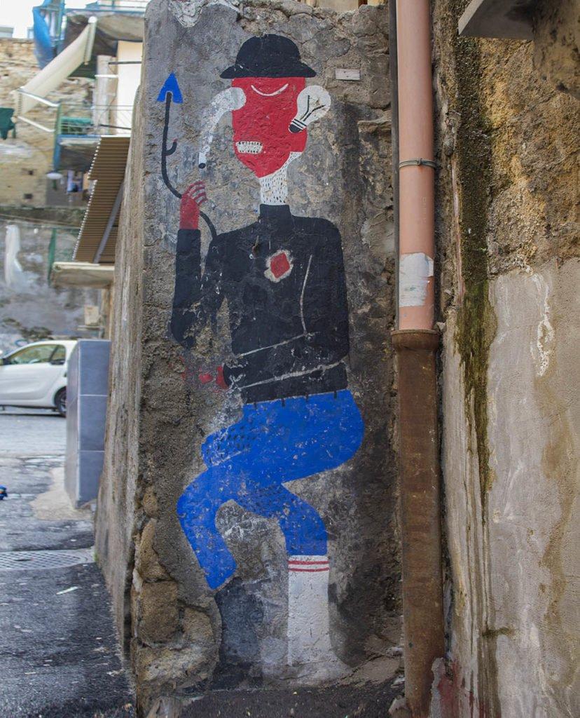 cuore spinato-quartieri spagnoli-street art quartieri spagnoli-Street art Napoli-Napoli-Campania-Italia