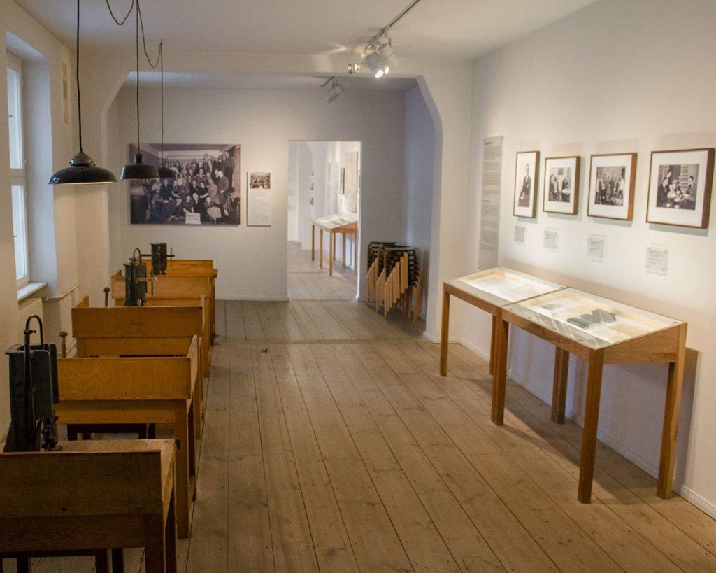 Haus Schwarzenberg -mostra ottoweidt-cortili nascosti berlino-Berlino-Berlin-Europa-Germania-Germany