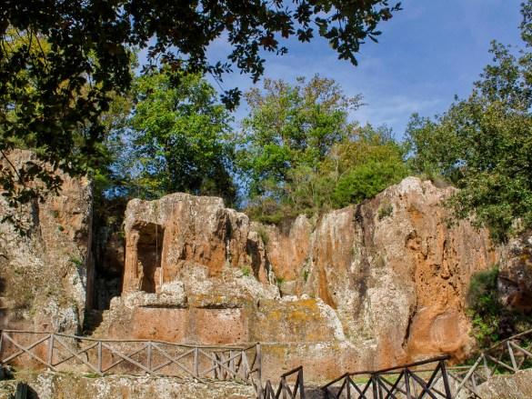 necropoli-sovana-tomba-ildebranda-Sovana