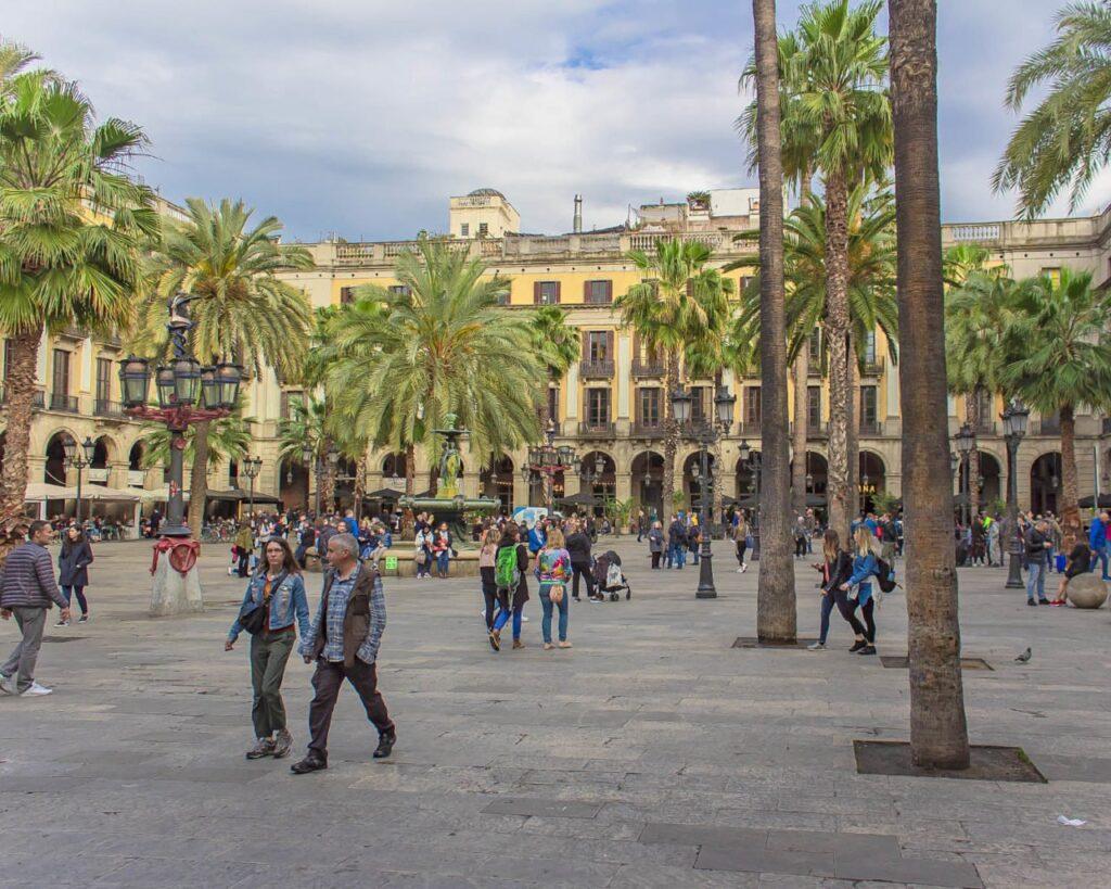 placa-reial-Barcellona-Spagna-Spain-Europa