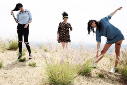 "The Coathangers Release New Song, ""Parasite""; On Tour Now"
