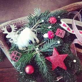Couronne de Noël balnc - rouge