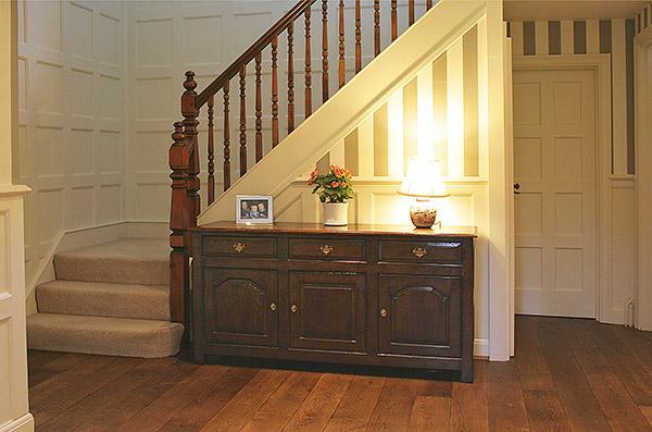 c18th style oak dresser