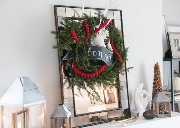 christmas mantle decorating 2