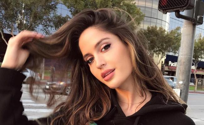 Natalia Barulich S Wiki Facts To Know About Maluma S Girlfriend