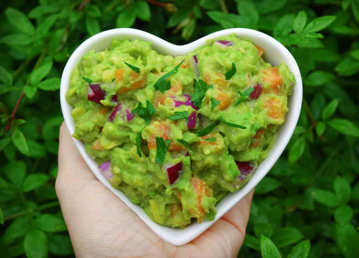 Apricot and Red Onion Guacamole [Vegan Recipe]