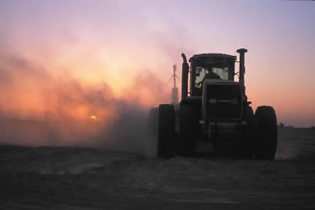 TractorErosion.eps