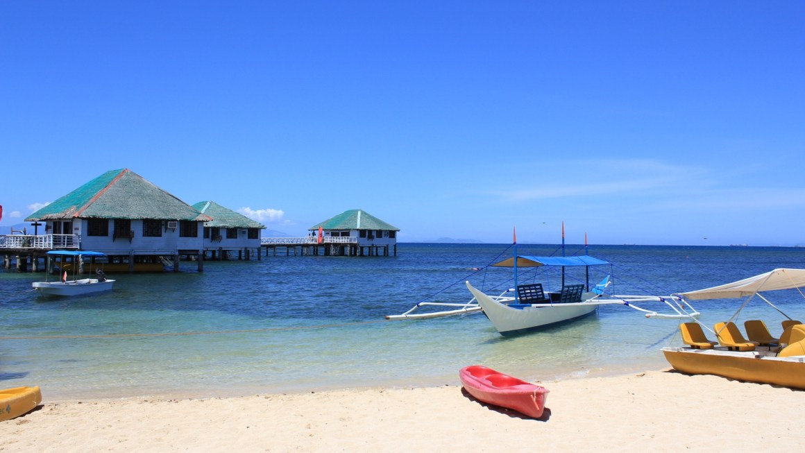Places to go to for a Last-Minute Beach Getaway in the Philippines