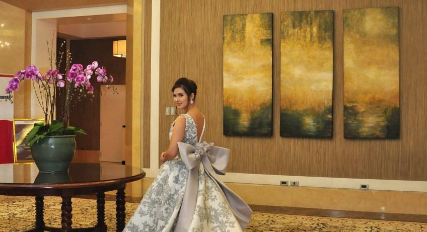 Zandra Lim bridal gown
