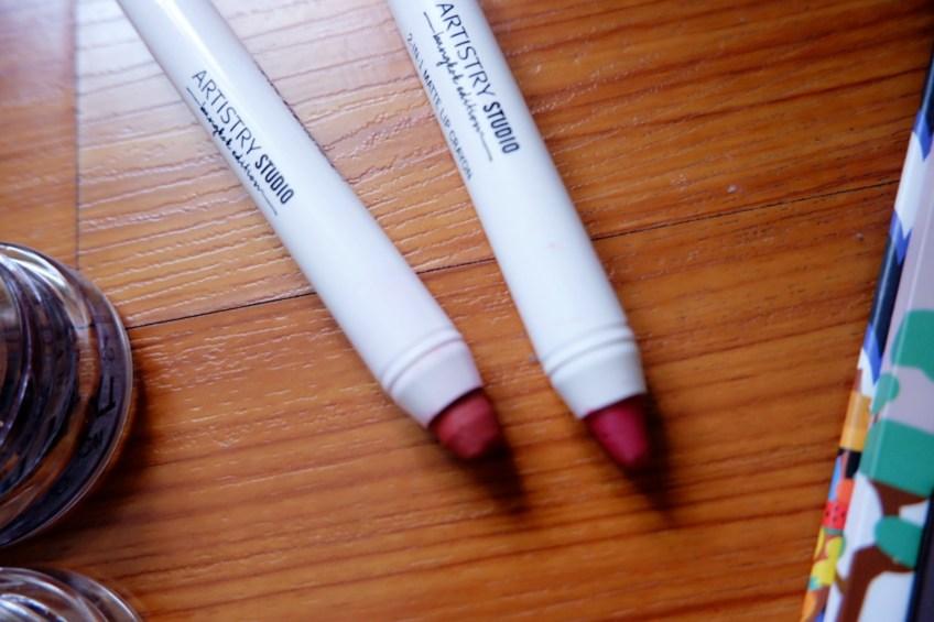 2-in-1 lip crayon Amway Studio Bangkok Edition makeup line
