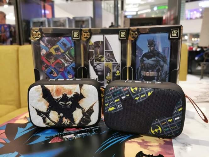 Batman Ekonic power bank and Bluetooth speakers