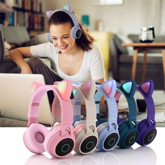 Glowing cats ears headphone