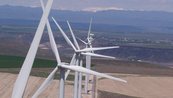 Fossil Gulch wind power