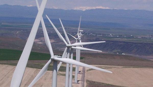 Fossil Gulch wind power