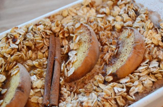 Good Morning Peaches: Vegan Peach & Cinnamon Oatmeal Breakfast Bake
