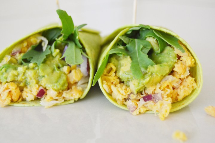 Lemon, chickpea & avocado: it's a wrap