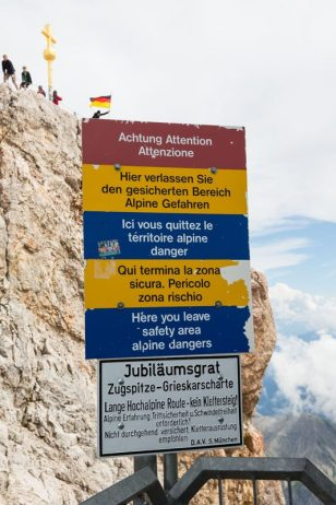 Zugspitze Warning