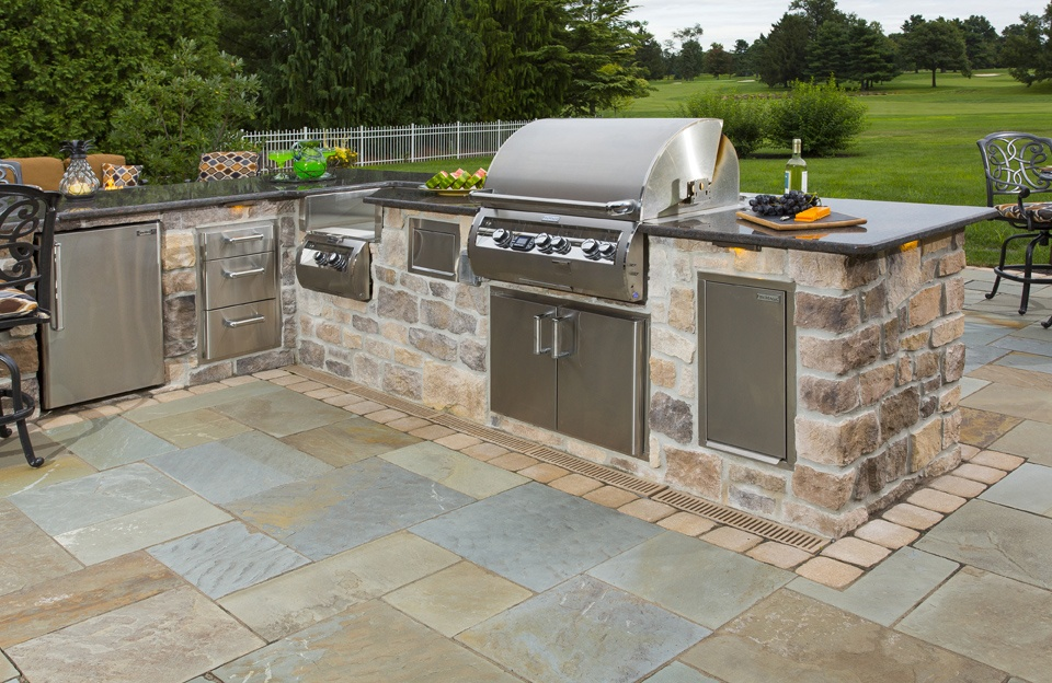 How Much Does an Outdoor Kitchen Cost Prices to Expect in